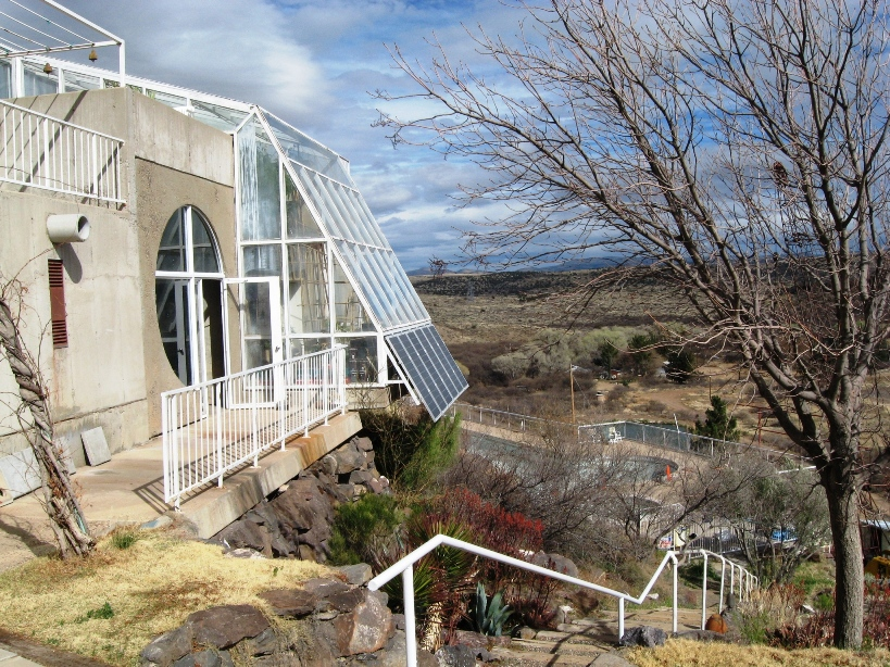 Arcosanti arizona for Greenhouse over swimming pool